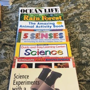 Other - 7 Scholastic science and animal books